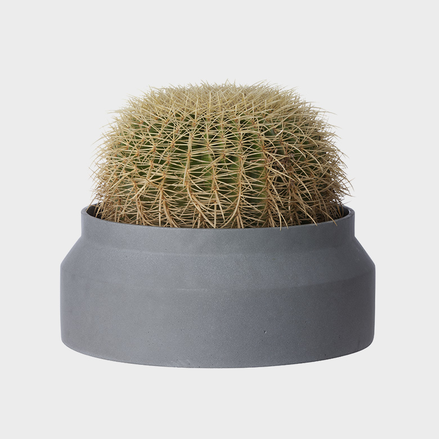 Ferm Living Pot Small: Dark Grey