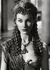 Vivan Leigh as Cleopatra
