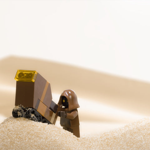 Uuuuuu-ti-niii. Lego photography by Tom Milton