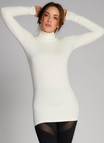 Bamboo L/S Turtle Neck Ivory C'est Moi