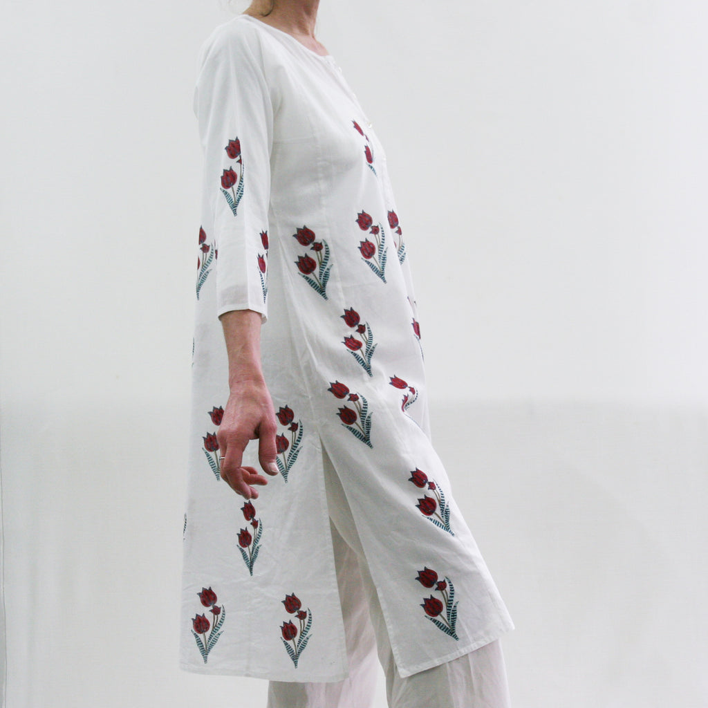 Kurta / nightdress - Red Tulip