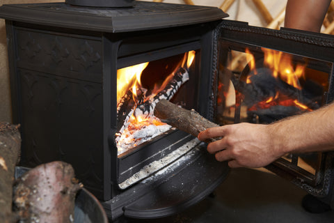 How Broseley Stoves Can Help You to Stay Cosy this Winter