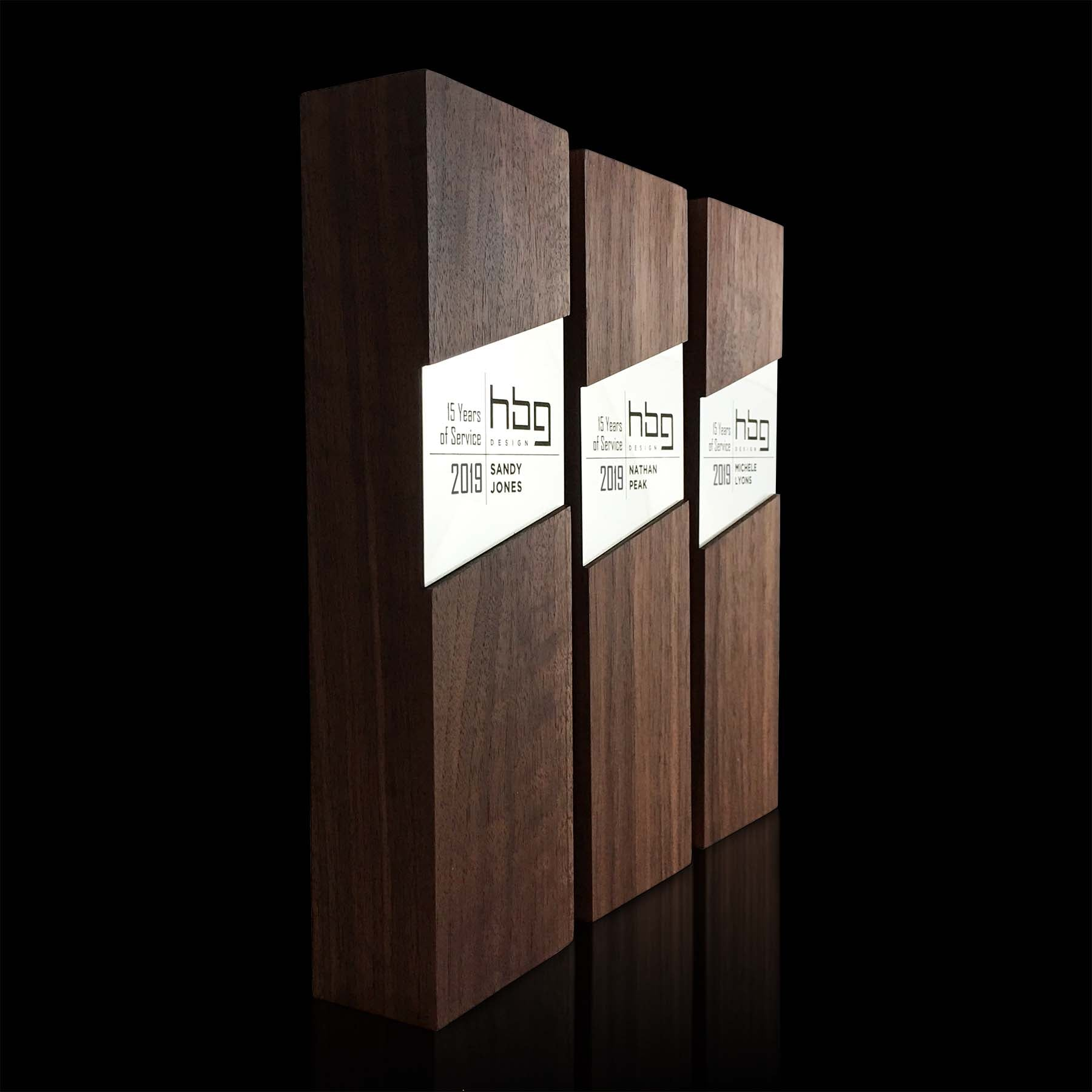 Engraved Contemporary Design Wood And Metal Corporate Trophies Figura Rectangulum