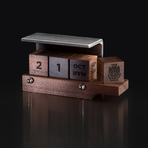 Personalized Corporate Gift: Handcrafted Perpetual Calendar