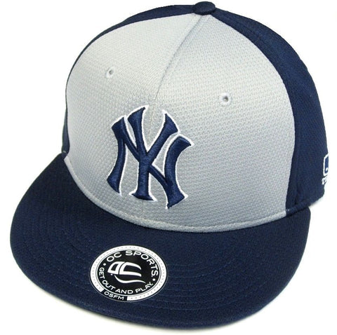 New York Yankees MLB OC Sports Q3 Flat Hat Cap Navy / Gray Two Tone NY Logo OSFM