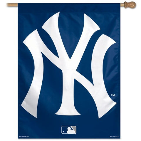 New York Yankees MLB 27 x 37 Vertical Hanging Wall Flag Fan Logo Banner Bar Room