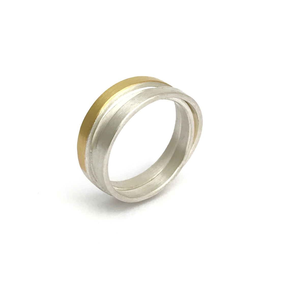 Wrap-around ring - R47