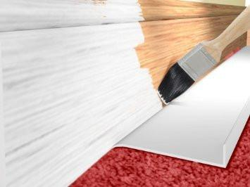 The Painteezy is a 55cm long carpet protector, that helps paint the skirting and not the carpet.