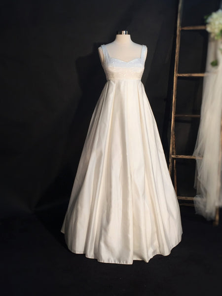Mary Bridal Gown