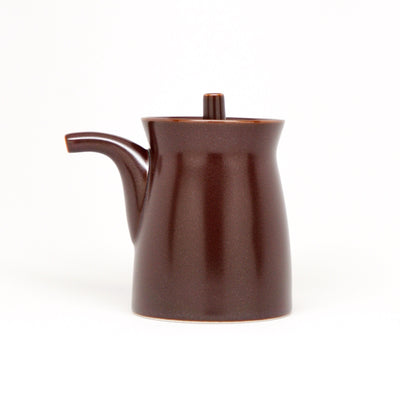 G-type Soy Sauce Pot by Hakusan