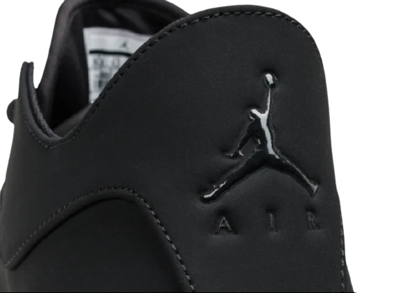 CHAUSSURE | Nike Air Jordan First Class
