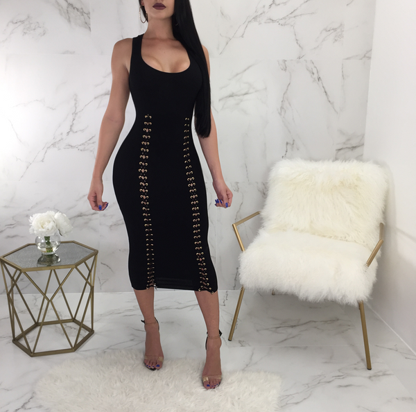 Wendy Sleeveless Lace Up Midi