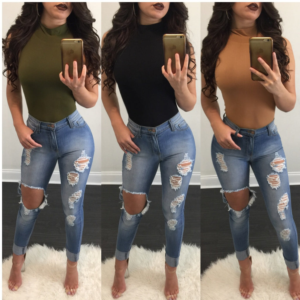 Daisy Light Distressed High Waisted Jeans - Diva Boutique Online - 1