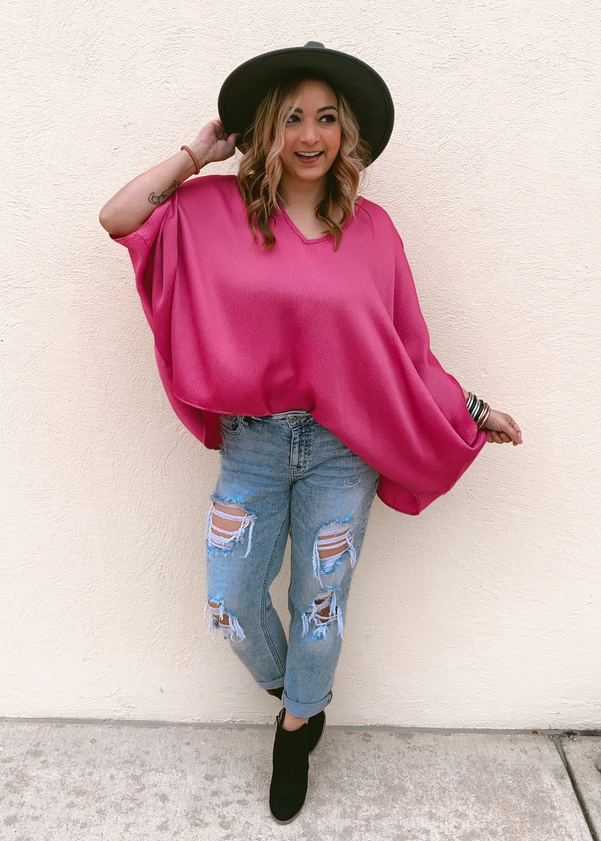 LOVE ME MAGENTA CAFTAN TOP