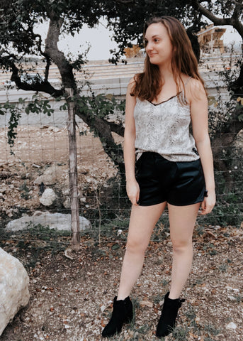 HEY SHORTY FAUX LEATHER SHORTS