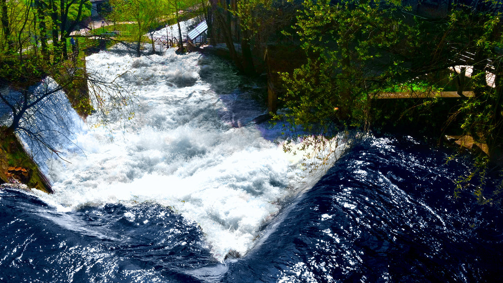 River Cascades in Norway MP3