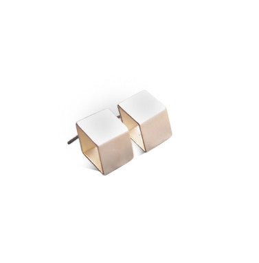 Gold Satin Deep Diamond Contour Stud Earrings