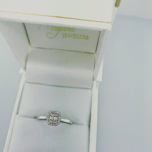 .18ct 14k White Gold Engagement Ring