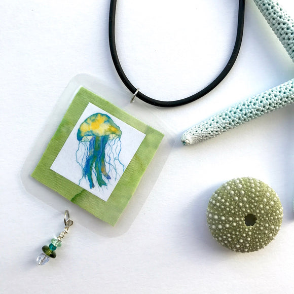 Special Gift idea for your envious co-worker who really wants to be a marine biologist. Jellyfish necklace - Mika Harmony