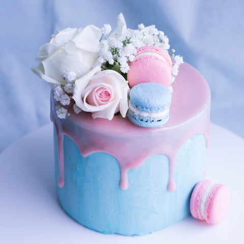 Gender Reveal Cake - M Cake Boutique