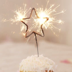 Star Shaped Sparkler (Gold) - M Cake Boutique