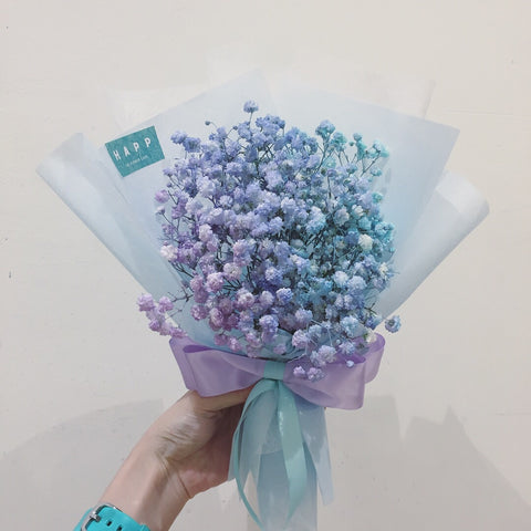 Bouquet of sprayed baby's breath (purple blue ombré)