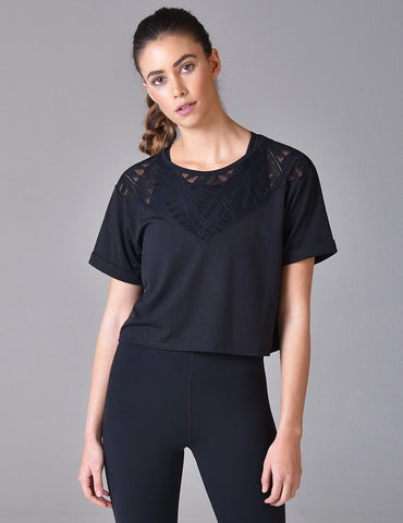 Arrow Crop Top: Black