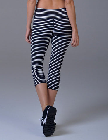 Mantra Crop: Black & White Stripe