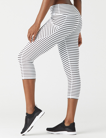 Angle Crop: White / Black Stripe