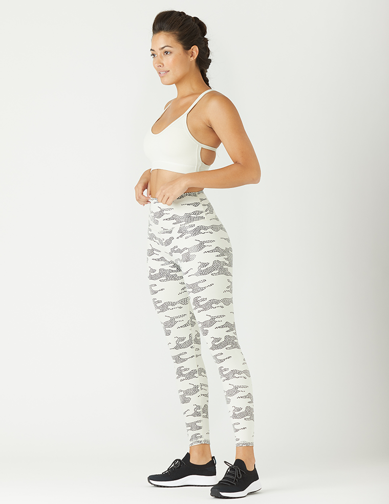 High Power Legging Print: Creme Star Gloss Camo
