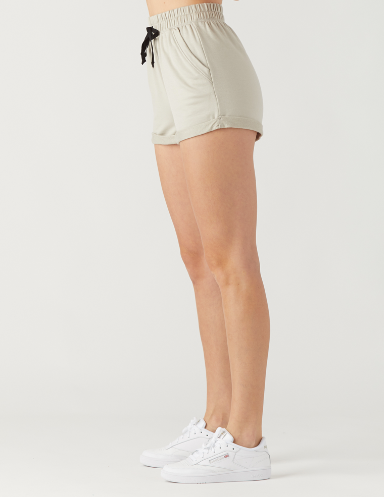 Leisure Short: Sand