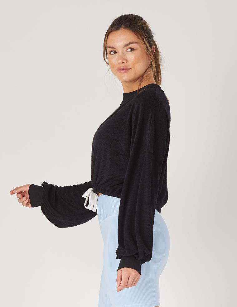 Powder Pullover: Black