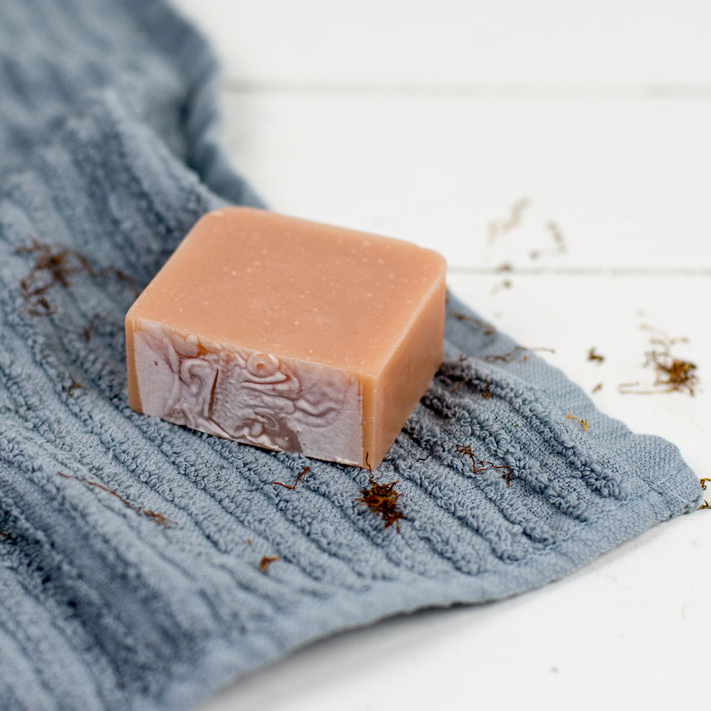 TOBACCO + BAY LEAF SHAVE BAR