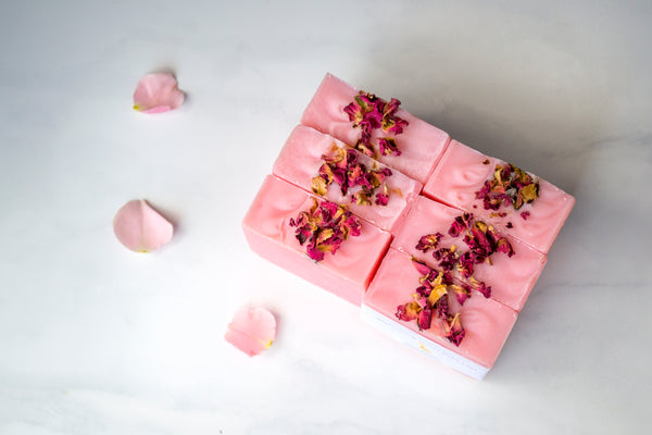 100 WEDDING/BRIDAL SHOWER FAVORS - BRIDAL SHOWER FAVORS SOAP