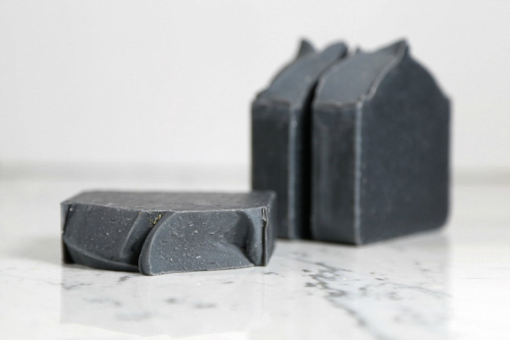 DETOXIFYING CHARCOAL BAR SOAP