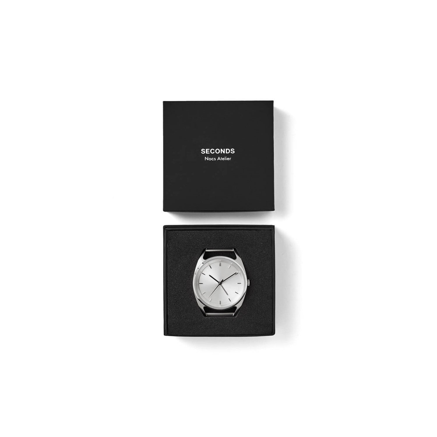 Seconds GMT – Silver 40 by Nocs Atelier