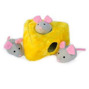 ZIPPY PAWS BURROWS MICE AND CHEESE PUZZLE TOY - BD Luxe Dogs & Supplies - 1