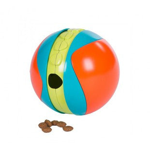 OUTWARD HOUND TREAT CHASER BALL - BD Luxe Dogs & Supplies