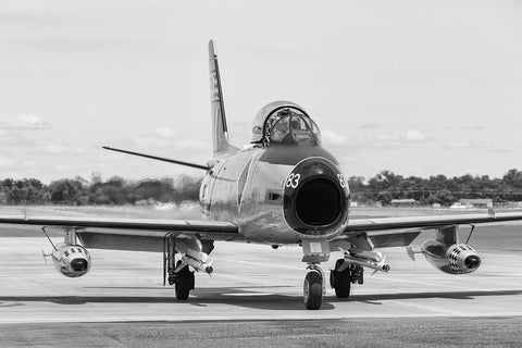 Image of a CAC Sabre while it taxis at Temora Airport.