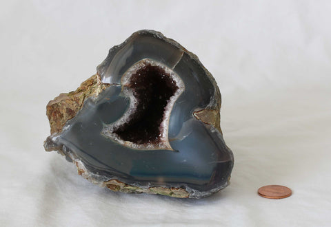 Amethyst Agate Quartz Crystal Semi Geode - 1 piece - Package A132