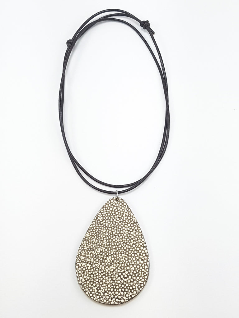 Speckled Pendant