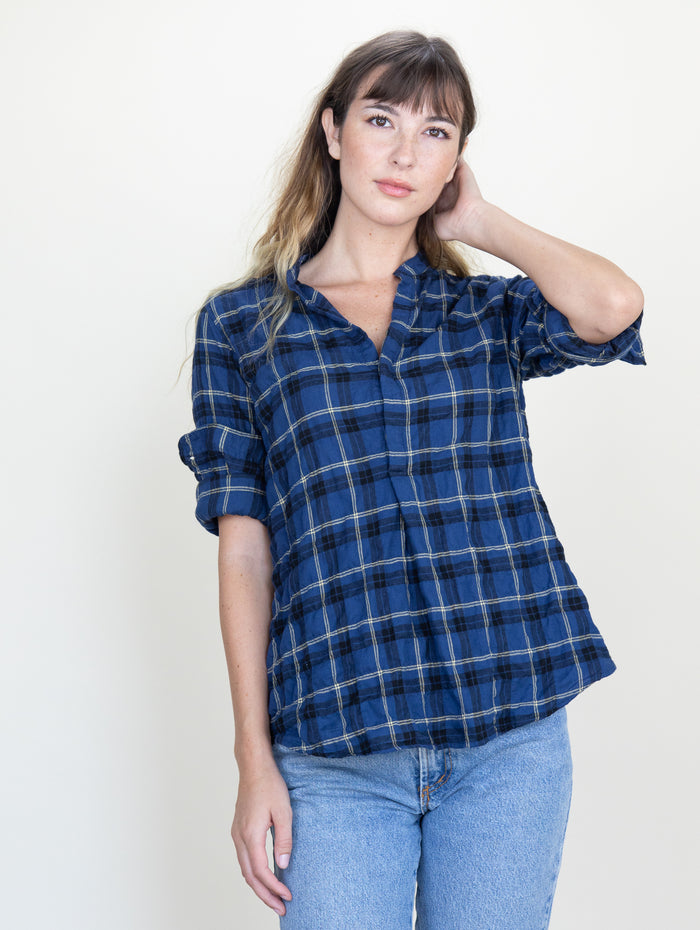 Monet Top Anchor Plaid Crinkle