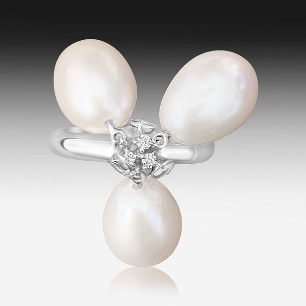 18kt White Gold Pearl and Diamond ring - Masterpiece Jewellery Opal & Gems Sydney Australia | Online Shop