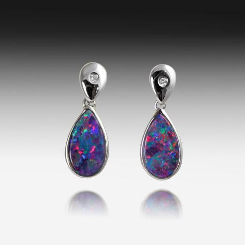14kt White Gold Opal earrings