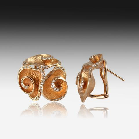18kt Rose Gold floral motif earrings