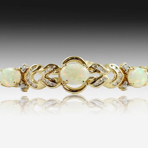 18kt Yellow Gold Opal and Diamond bracelet - Masterpiece Jewellery Opal & Gems Sydney Australia | Online Shop