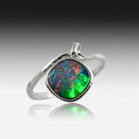 14kt White Gold Opal doublet ring