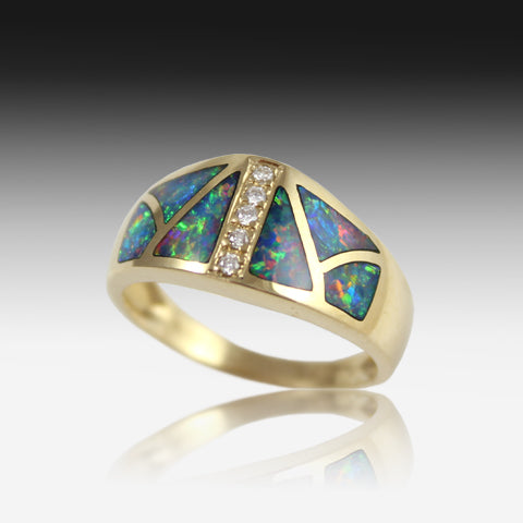 14Y opal inlay and diamond ring