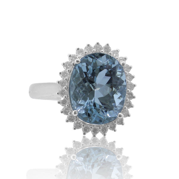 18kt White Gold Aquamarine and Diamond cluster ring