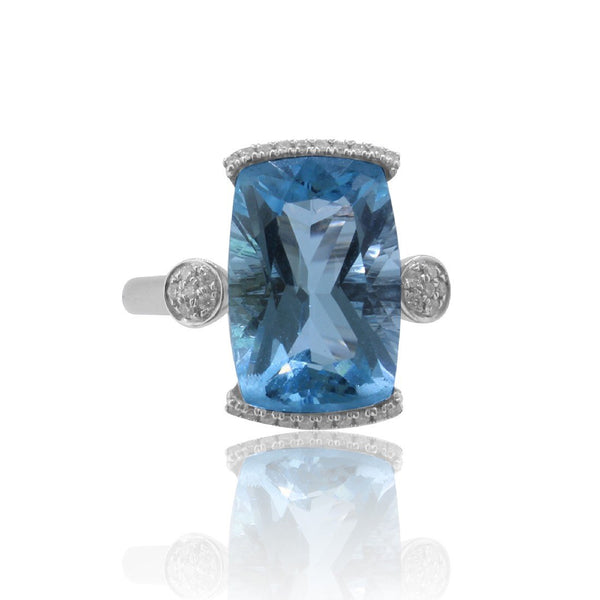 18kt White Gold Blue Topaz and Diamond ring